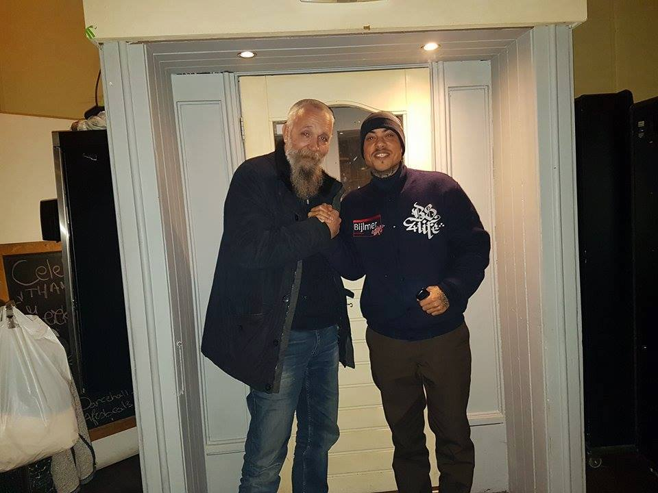 Rinus en een van de franchisenemers van Suver Nuver Amsterdam. [Foto: Facebook]