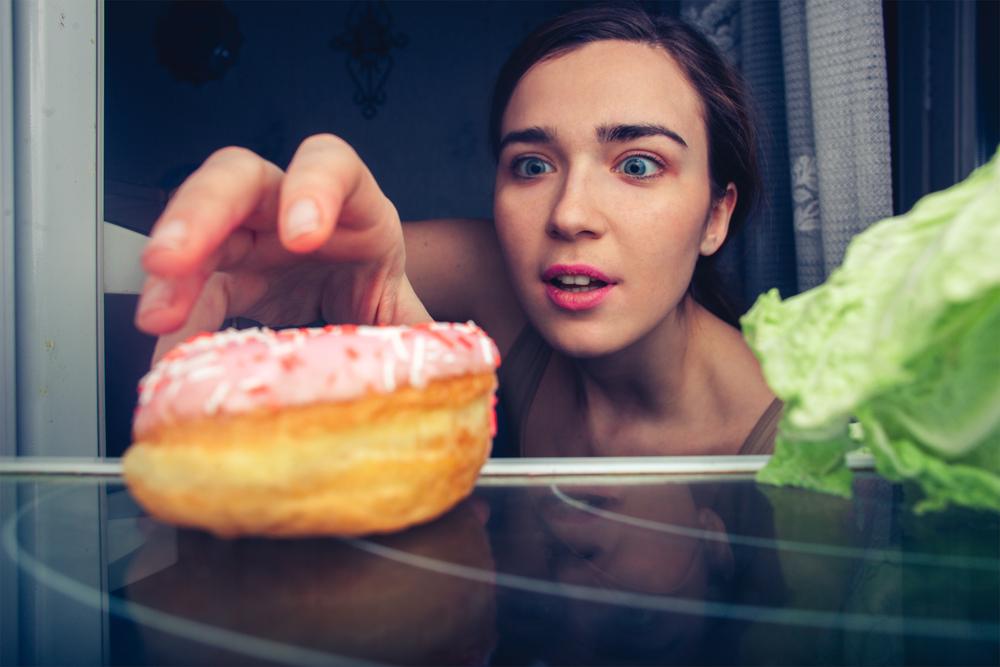 Voor wie last heeft van maag- of darmproblemen is een hongergevoel niet vanzelfsprekend. Cannabis kan daarin ondersteunen door het hongergevoel te stimuleren. [Foto: shutterstock/Sergey Chumakov]
