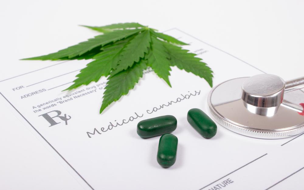 Het stigma rondom cannabis weerhoudt veel artsen van het voorschrijven van het kruid. [Foto: shutterstock/morisfoto]