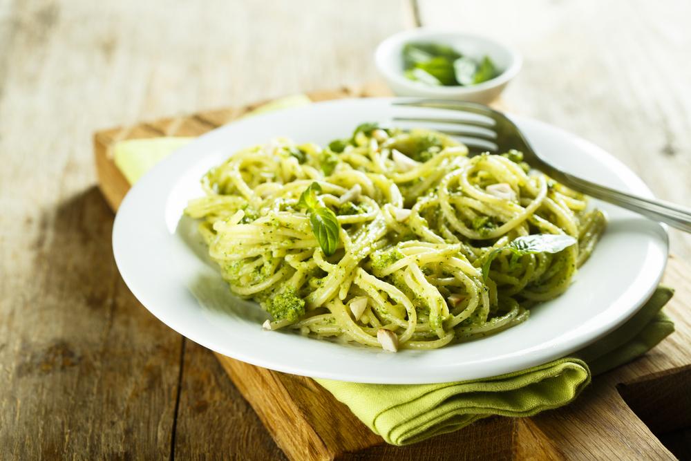 Spaghetti pesto medicinale - makkelijk recept voor cannabis-pasta - Mediwietsite